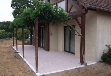 terrasse résine et pavés parvis 2